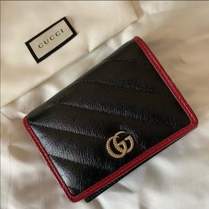 Gucci Marmont Wallet black with red trim
